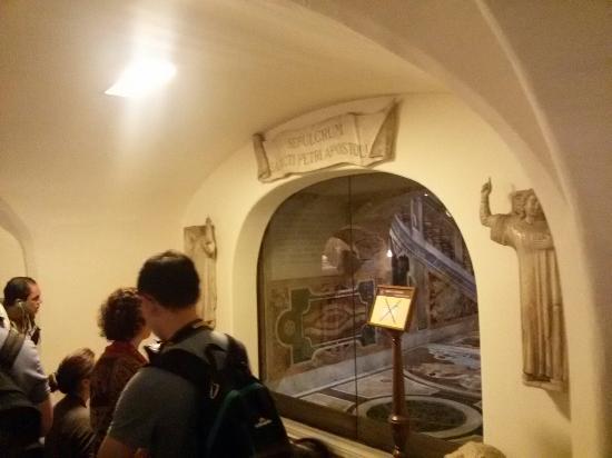 Vatikan-Nekropole: 20160516_123108_large.jpg