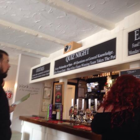 Abbots Langley, UK: Friday Lunch, great beer, great food and excellent staff