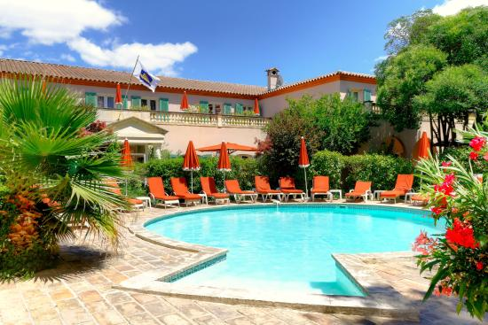 Photo of BEST WESTERN L'Orangerie Nîmes