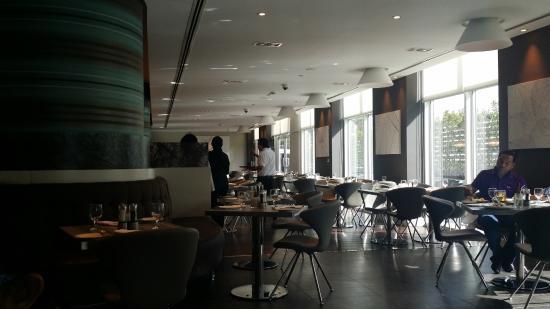 Premier Inn Abu Dhabi International Airport Hotel Photo