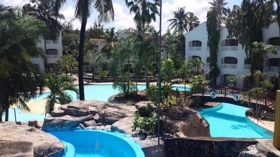 Großer Pool grosser pool picture of sarova whitesands resort spa