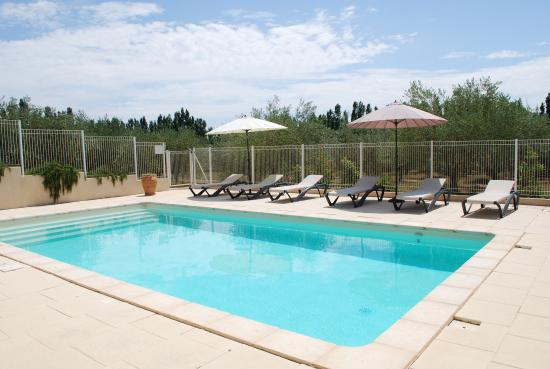 Trouillas, Francja: piscine