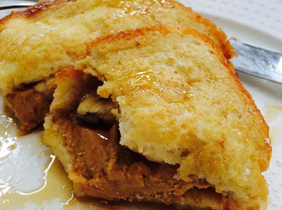 The Vanderbilt Grace: Banana, peanut butter French toast ....