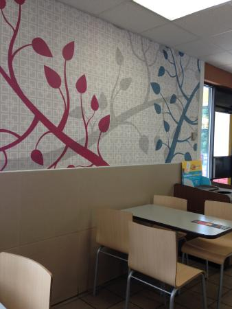 McDonald's: Clean & Attractive Seating