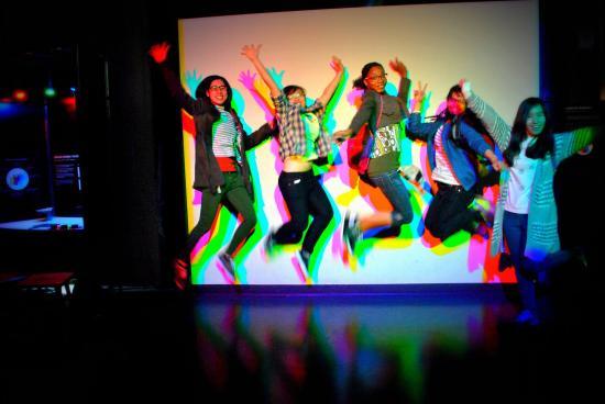 Exploratorium Teens Explore The 100