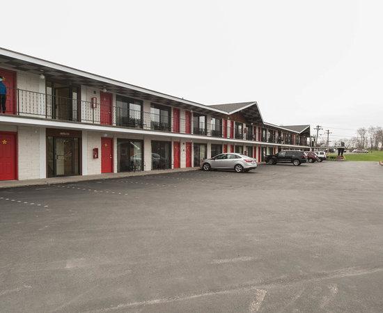 All star inn suites wisconsin dells voir les tarifs for Motel bas prix
