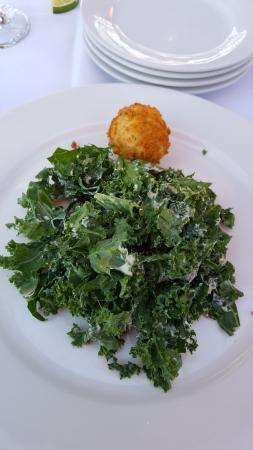 College Park, Geórgia: Kale Casear Salad