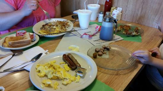 Melvindale, MI: Breakfast anytime