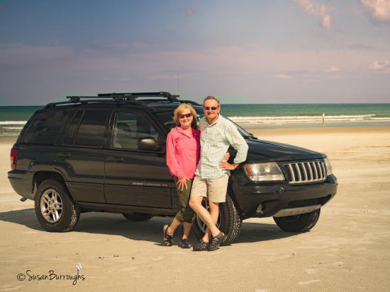 Crescent Beach, FL: Fun to have our car with all of our stuff... right at the beach.
