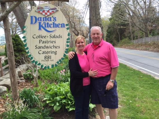 Dana's Kitchen : Great food, great place, wonderful family roadside business!