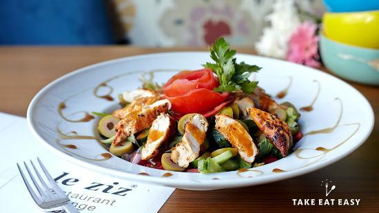Leziz Restaurant Dalston Junction: Grilled Chicken Salad