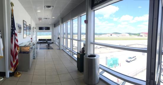 Yeager Airport Observation Area 사진