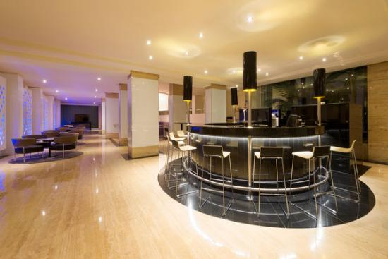 Hotel Palma Bellver By Melia: Lobby Bar