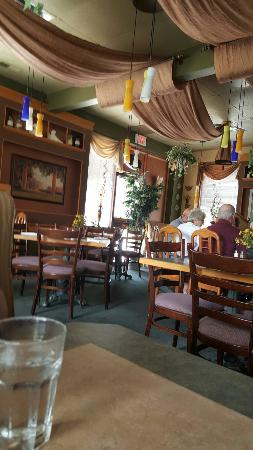 Adonia Casual Greek Family Dining: Nice decor
