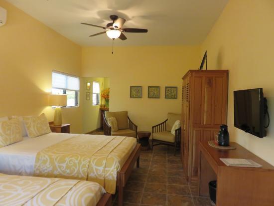 Punta Gorda, Belize: Inside Room #5