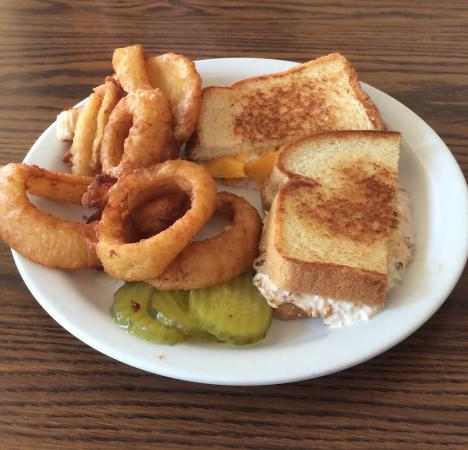 Cindy's Restaurant: Breakfast treats