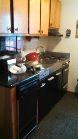 Franciscan Lakeside Lodge: Fully equipped kitchenettes!