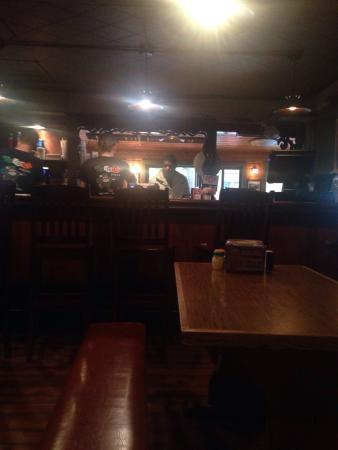 Nisswa, MN: Atmosphere indoors is a little dark and smelly. But great choices for pizza toppings! If the wea