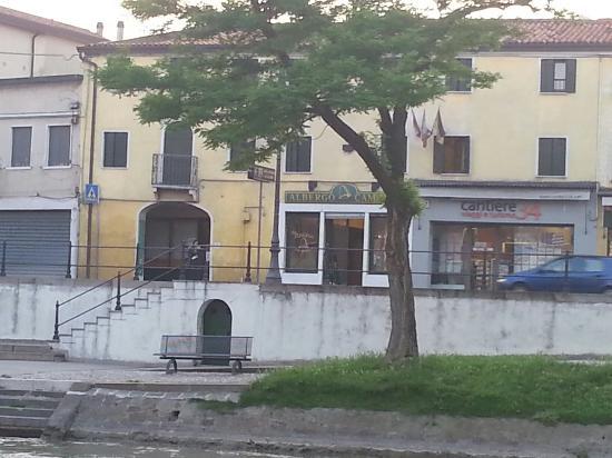 Albergo alla Campana: 20160526_202455_large.jpg