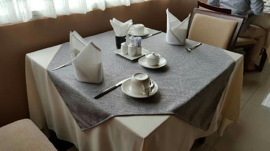 Saigon Hotel: サイゴン ホテル