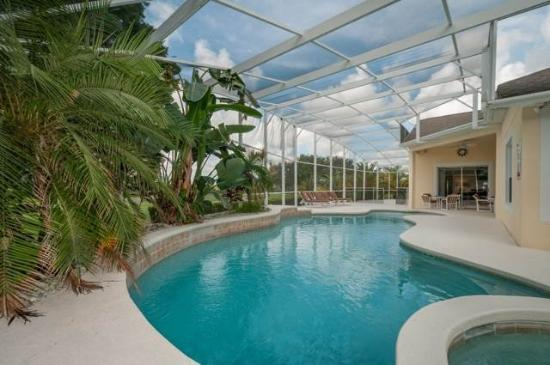 Ipg florida vacation homes updated 2018 hotel reviews for Ipg pool show