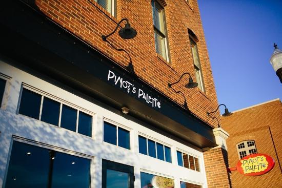 Pinot's Palette Huntsville
