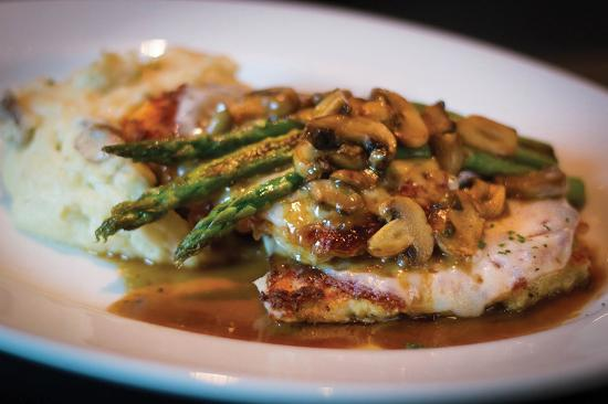 Shenandoah, TX: Chicken Madiera-Sautéed breast of chicken, asparagus, mushrooms, Provolone, Madeira wine sauce