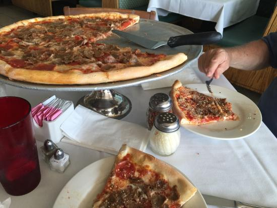 Mamma Lucia's : 3 meat item pizza