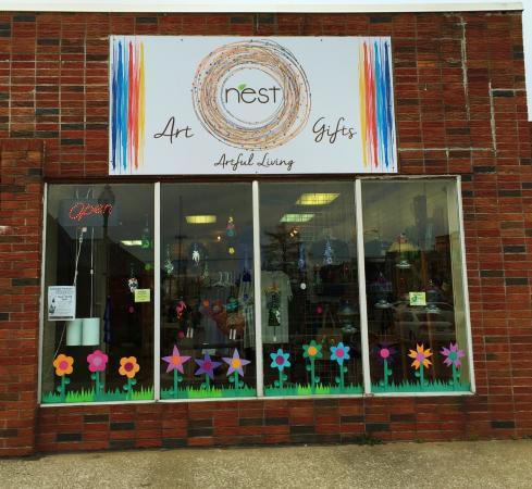 Carbondale, IL: NEST Art & Gifts