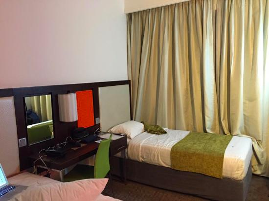 StayEasy Lusaka : The twin room. Are the beds big enough for the bigger guest?