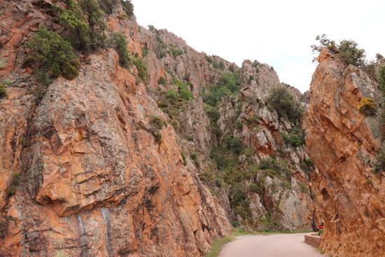 Piana, France: route de montagne