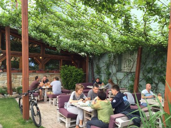 Akropolis greek restaurant italian restaurant malick for Akropolis greek cuisine merrillville in