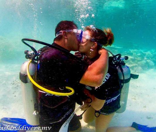 Island Divers : photo0.jpg
