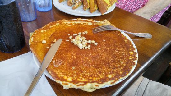 Charley's Restaurant: Pancakes