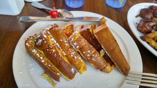 Charley's Restaurant: French Toast