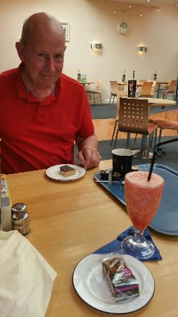 Shapes Restaurant at Aldiss: 20160505_155002_large.jpg