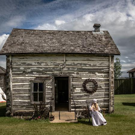 Portage la Prairie, Canada: The Paul House - Visit our Little Houses on the Prairie