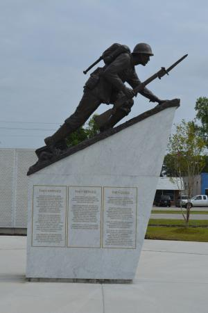 Lejeune Memorial Gardens: Montford Point Marines Memorial Statue.