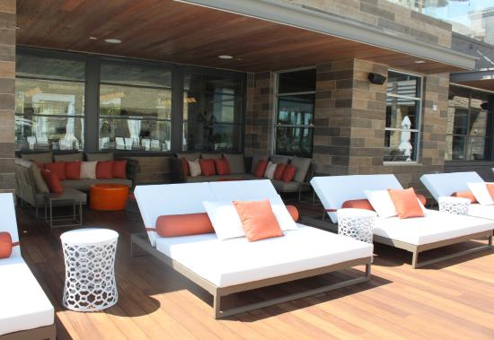Pasea Hotel Spa Pool Daybeds