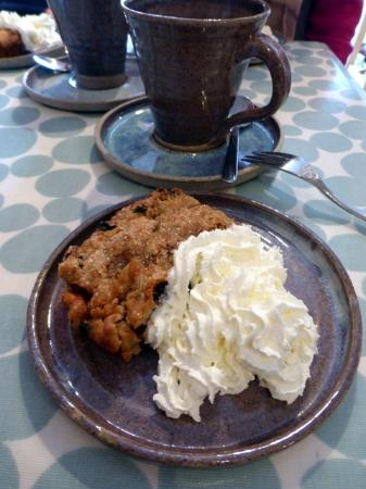 Sixpenny Handley, UK: Dorset cake best when warmed