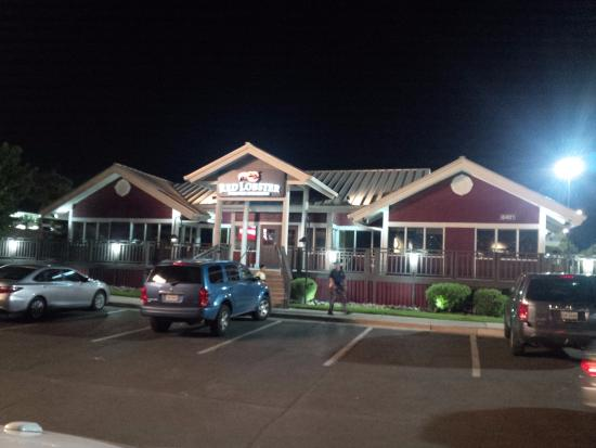 Red lobster el paso 8401 gateway blvd west menu prices restaurant reviews tripadvisor for Marty robbins swimming pool el paso