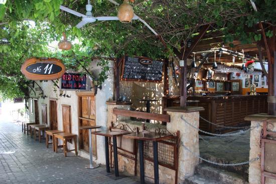 No 11 Bar