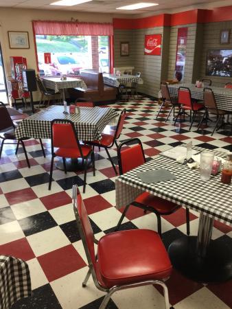 Pat's Kountry Diner