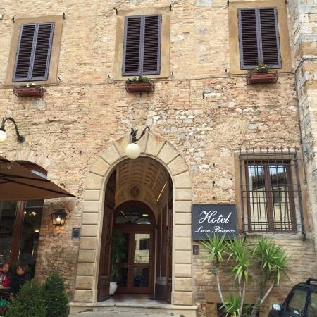 Hotel Leon Bianco - Picture of Hotel Leon Bianco, San Gimignano ...