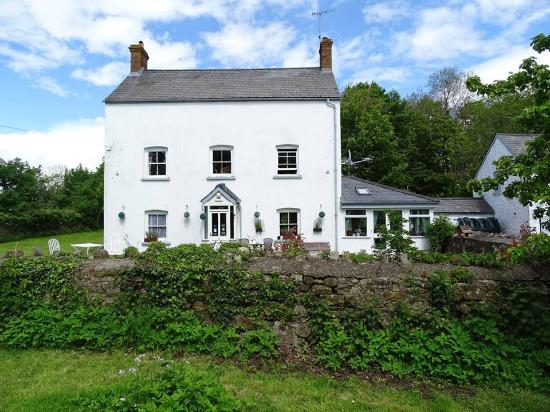 Llansabbath Country Farmhouse B&B: b&b abergavenny b&b brecon beacons b&b