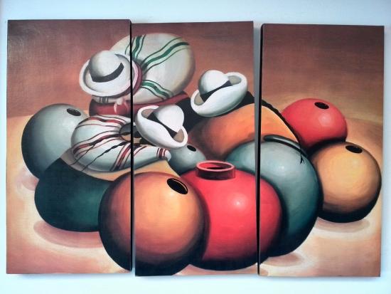 Hatun Wasi Hotel: Una de las muchas pinturas que hay en pasillos y cuartos