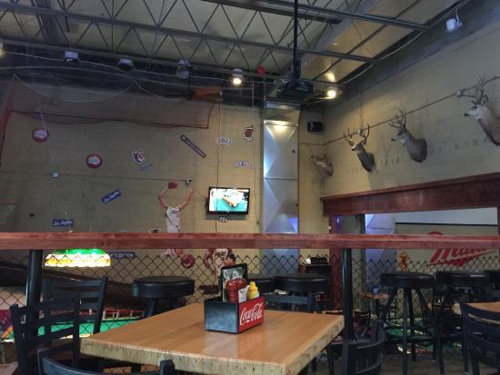 Scottsbluff, NE: Backarack's Sports Bar & Grill