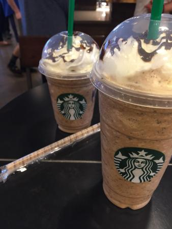 Belleville, Canadá: Frap with an edible straw to boot