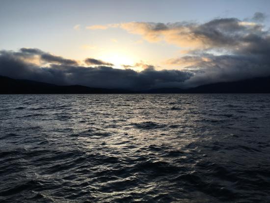 Odell Lake Lodge & Resort: nice sunsets and a big lake