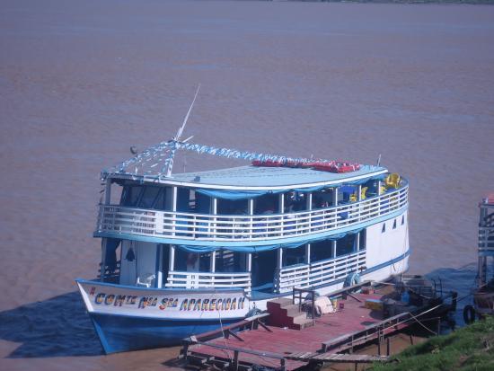 Passeio de barco pelo Rio Madeira: Barco para passeio